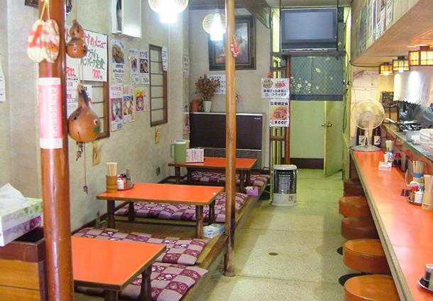 長岡市金子屋山田本店店内|長岡市の美味しい餃子・ラーメン・定食 金子屋